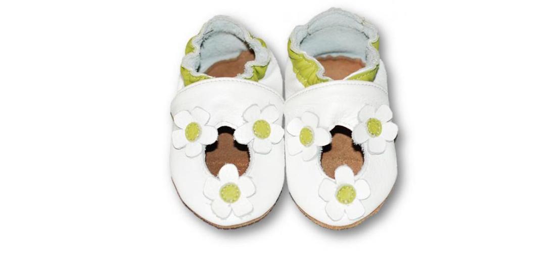197d98cb0a1c1 Sandálky Kvietky kožené capačky Fiorino | Moodin Ideas